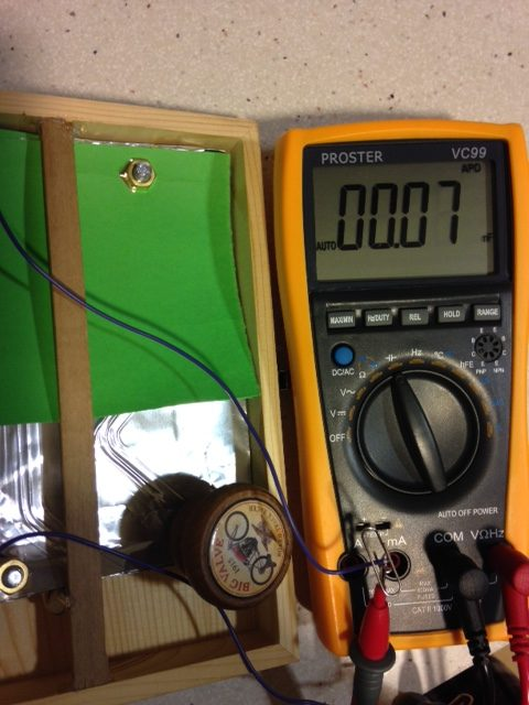 Condensador para radio de galena